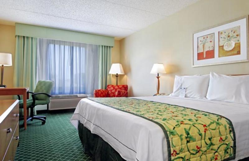 Guest room at Fairfield Inn Ann Arbor.