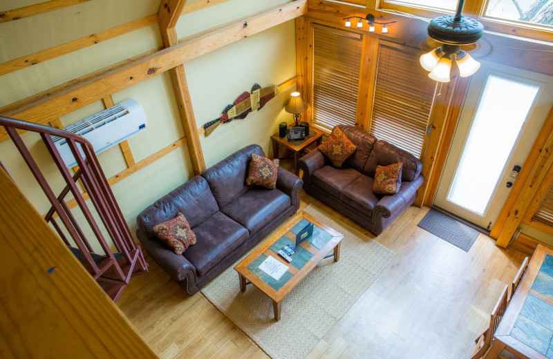 Cabin at Geronimo Creek Retreat.