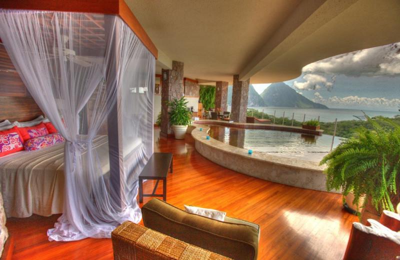 Guest room at Jade Mountain Resort.