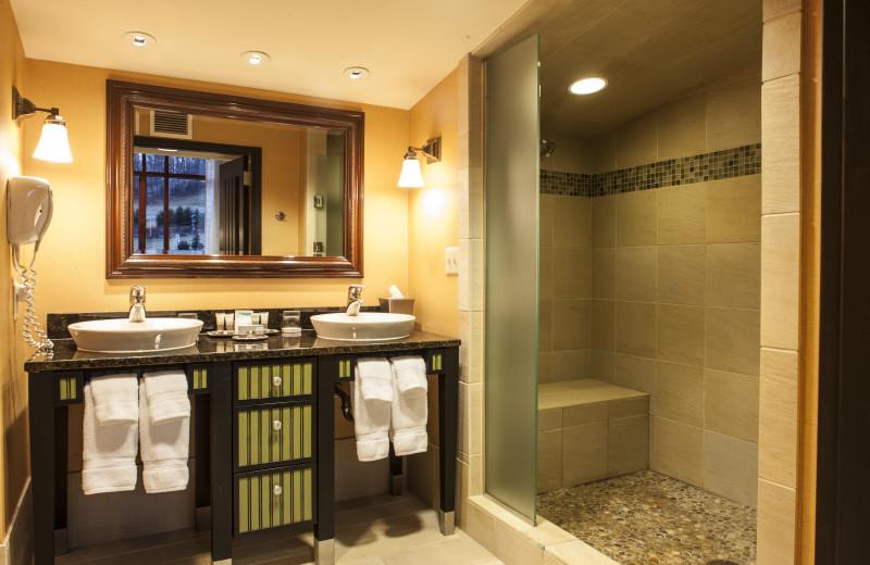 Guest bathroom at Bear Creek Mountain Resort.