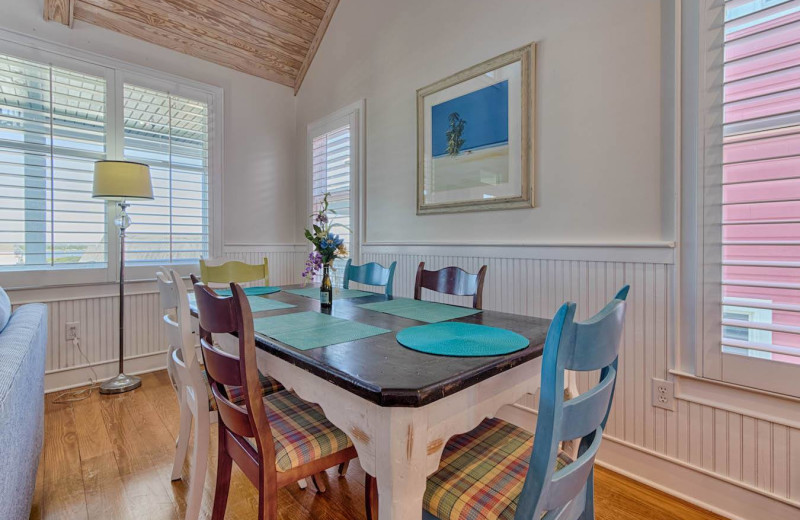 Rental dining room at Realty World - First Coast Realty.