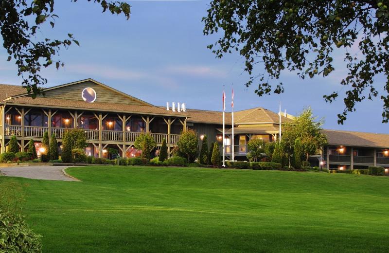 Exterior view of Eganridge Resort, Country Club & Spa.