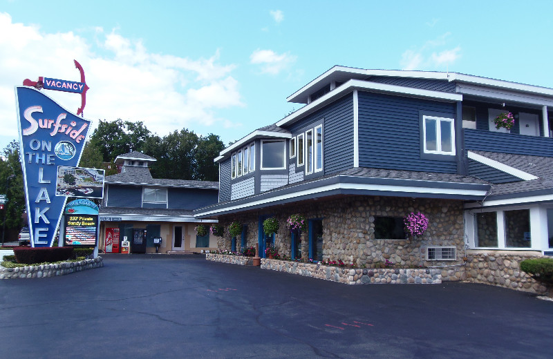Exterior view of Surfside on the Lake.