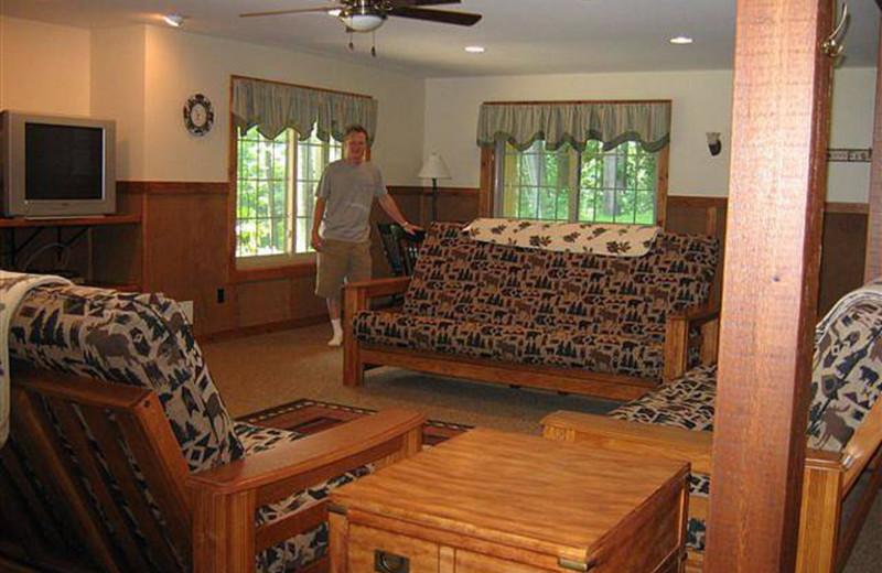 Cottage living room at Riverbend Retreat Resort Lodge & Cottages.