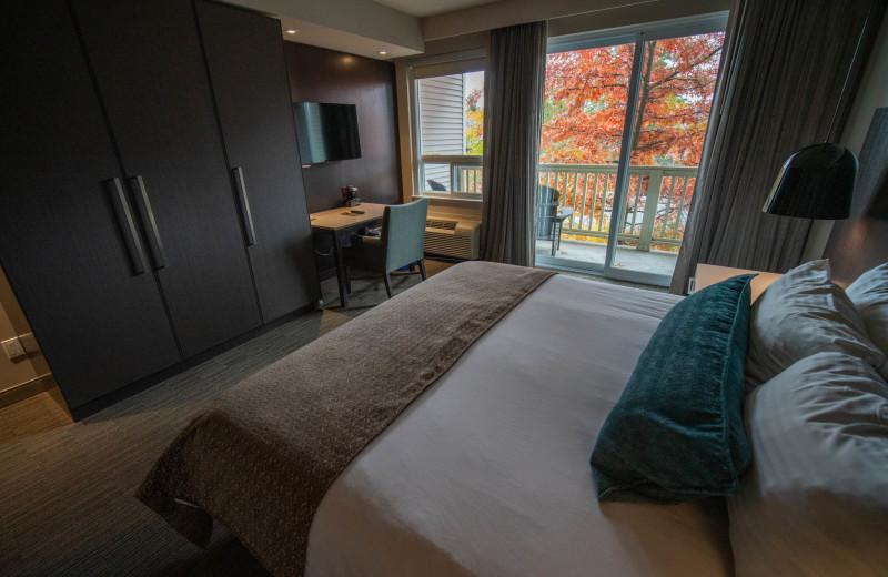 Guest room at Taboo Muskoka.