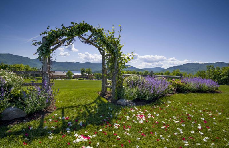 Wedding Knoll at The Mountain Top Inn & Resort