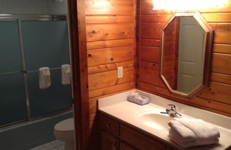Guest bathroom at The Heidi Motel.
