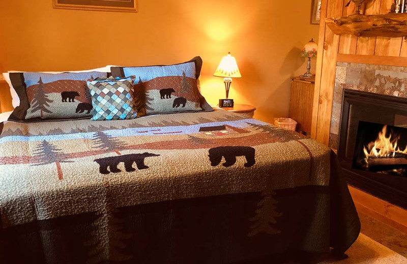 Suite bedroom at Rocky Mountain Lodge & Cabins.