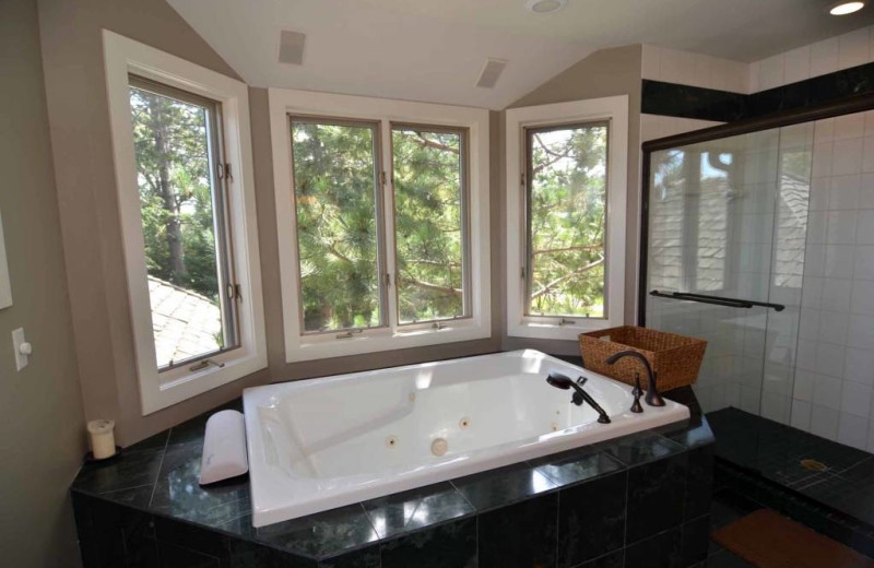 Rental bathroom at Recreational Rental Properties, Inc.