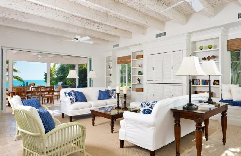 Living room at Villa Turquesa.