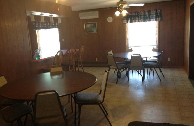 Cabin dining room at Weslake Resort.
