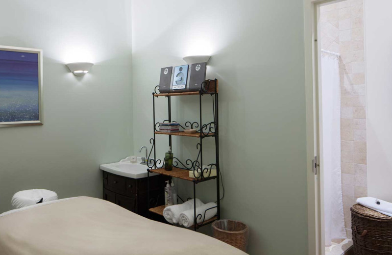 Massage room at Sir Sam's Inn and WaterSpa.