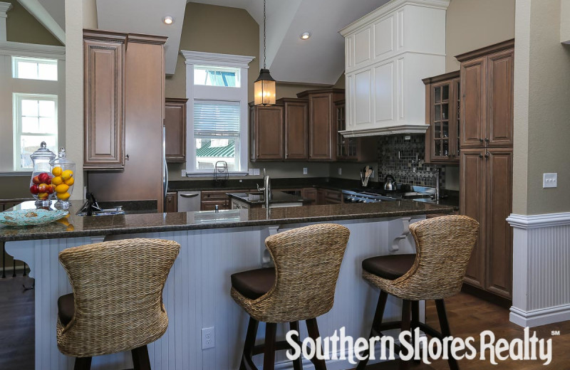 Rental kitchen at Southern Shores Realty.