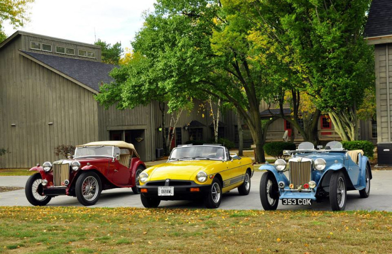 Old fashion cars at Sawmill Creek Resort.