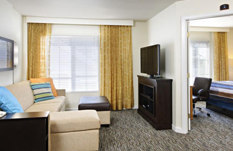 Guest Room at Hyatt House White Plains