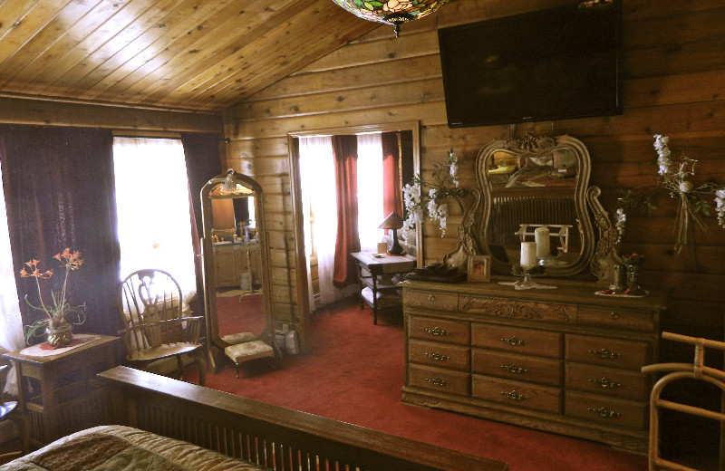 Guest room at Eldora Lodge.