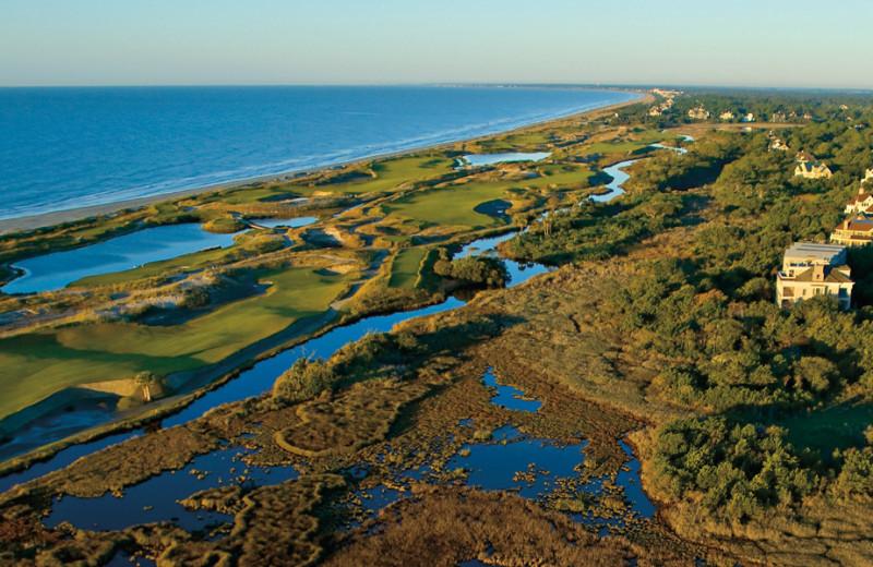 Golf course near East Islands Rentals.