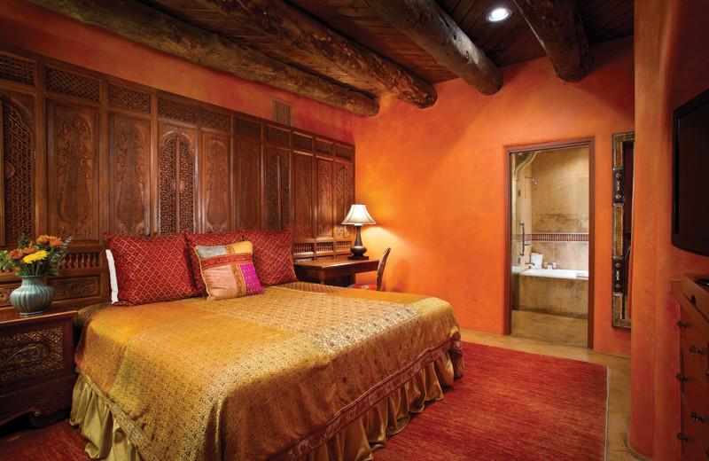 Guest bedroom at El Monte Sagrado.
