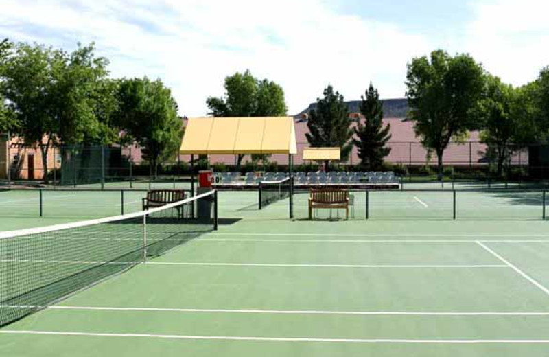 Tennis Courts at Green Valley Spa
