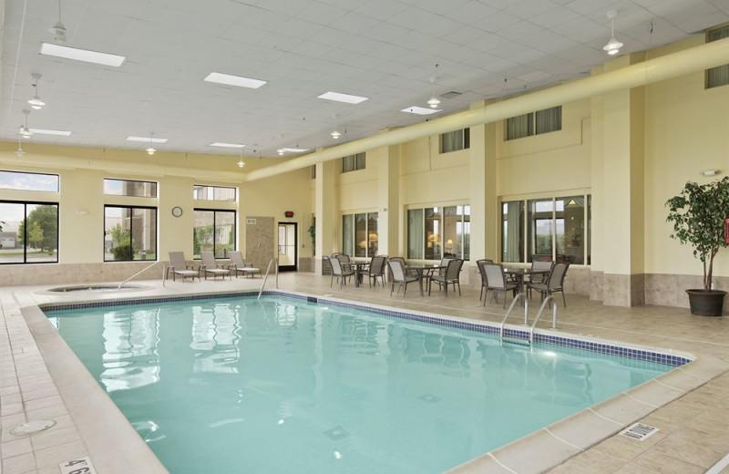 Indoor pool at Baymont Inn & Suites Warren.