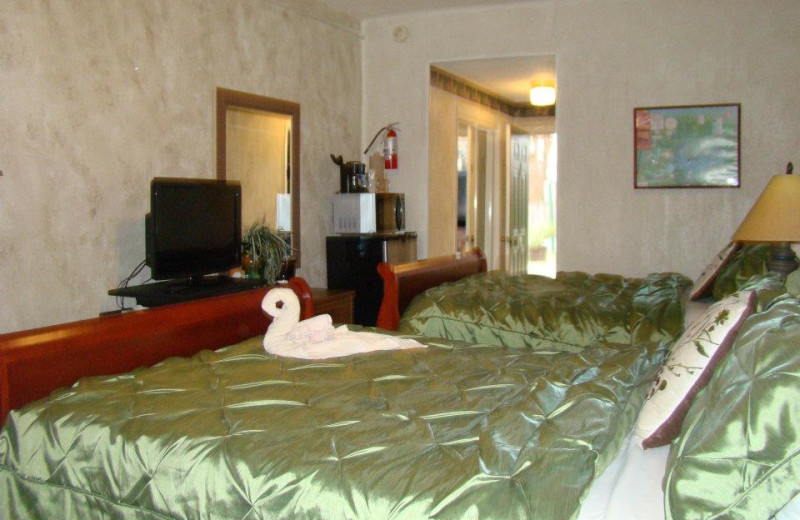 Resort guest room at Mountain Harbor Resort.
