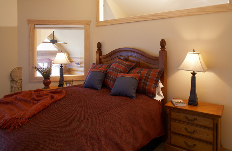 Guest bedroom at Temperance Landing on Lake Superior.