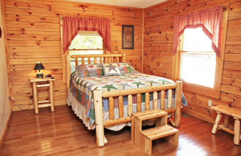 Cabin bedroom at Eagles Ridge Resort.