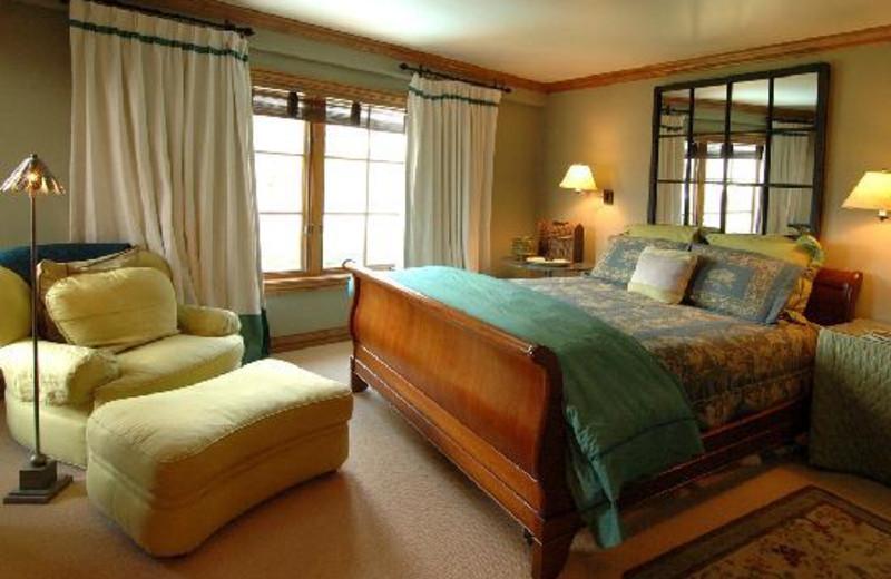 Guest bedroom at East West Resorts Beaver Creek.