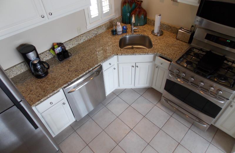 Guest kitchen at Fairway Suites At Peek'n Peak Resort.