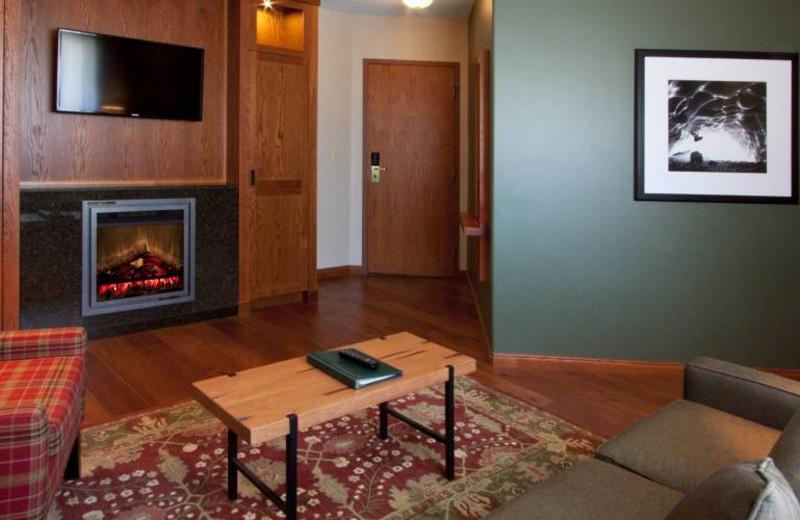 Whistlers Inn Jasper Alberta Resort Reviews