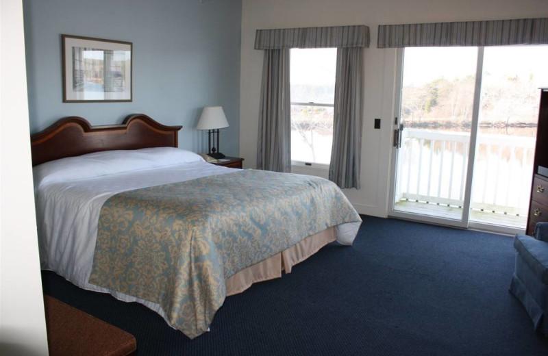 Guest room at Sebasco Harbor Resort