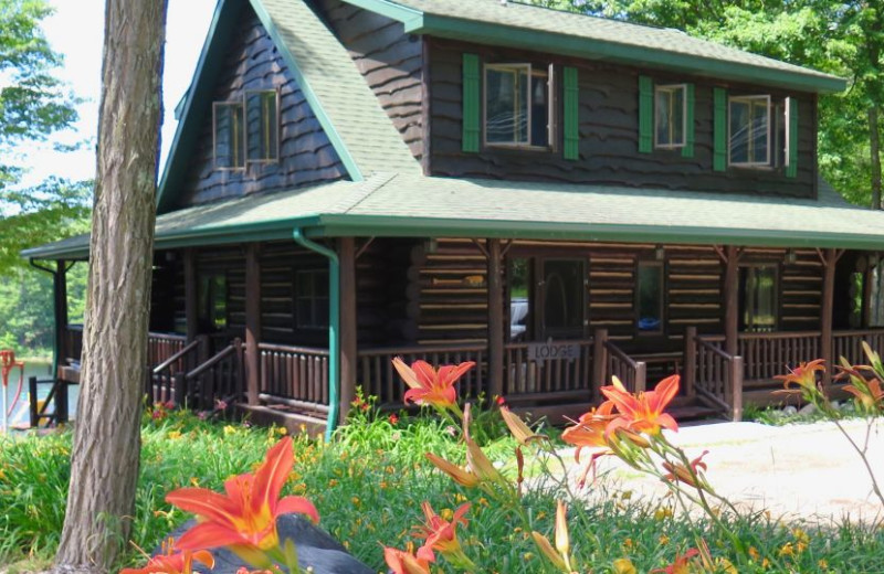 Exterior view of Sleeping Bear Resort.