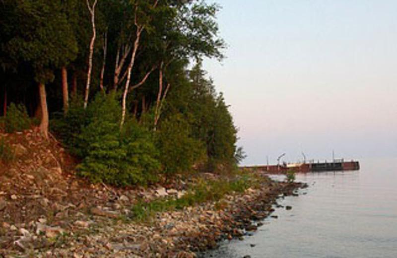 Lake Shore at Country House Resort