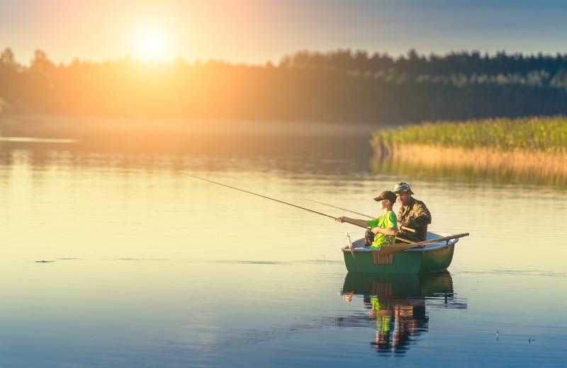 Fishing a tAmazing Branson Rentals.