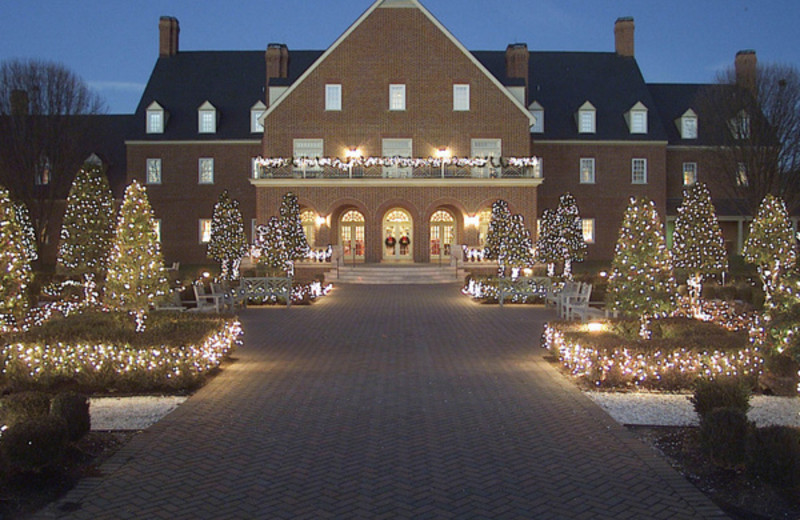 Holiday Decorations at The Founders Inn