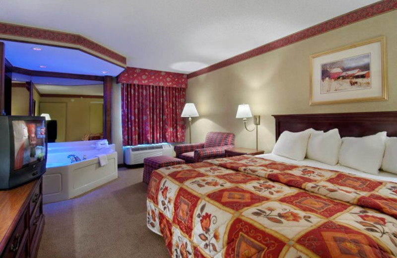 King Jacuzzi Suite at  Red Roof Inn