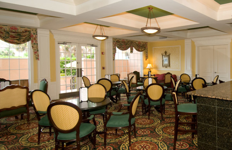 Dining at Trianon Hotels and Trianon Properties, Inc.