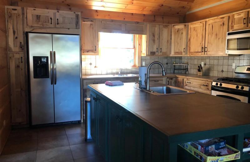Cabin kitchen at Riverbay Adventure Inn.
