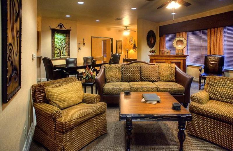 Suite living room at Inn on Barons Creek.