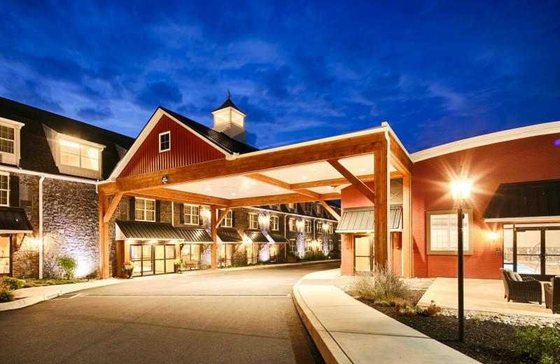 Exterior view of Best Western Plus Intercourse Village Inn.