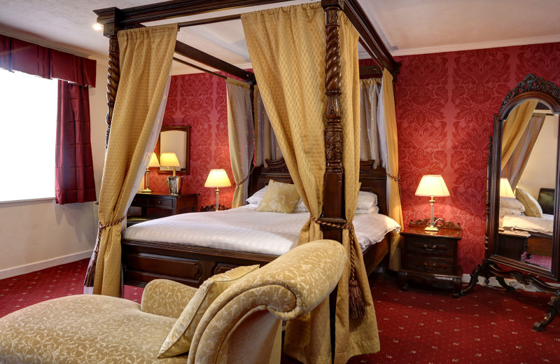 Guest room at Moffat House Hotel.