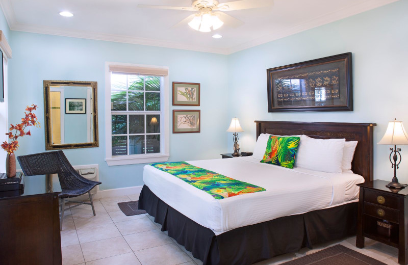 Guest bedroom at Travelers Palm Key West.