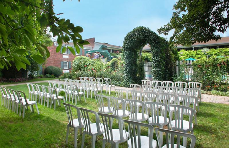 Weddings at Pillar and Post.
