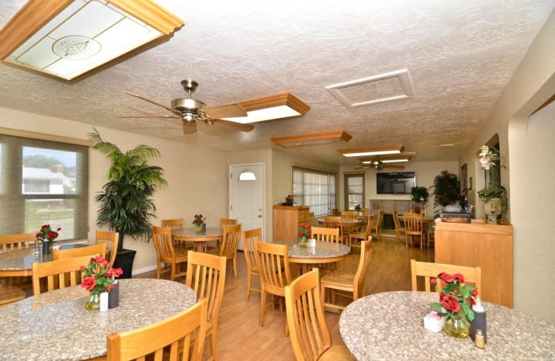 Dining area at Abbey Inn