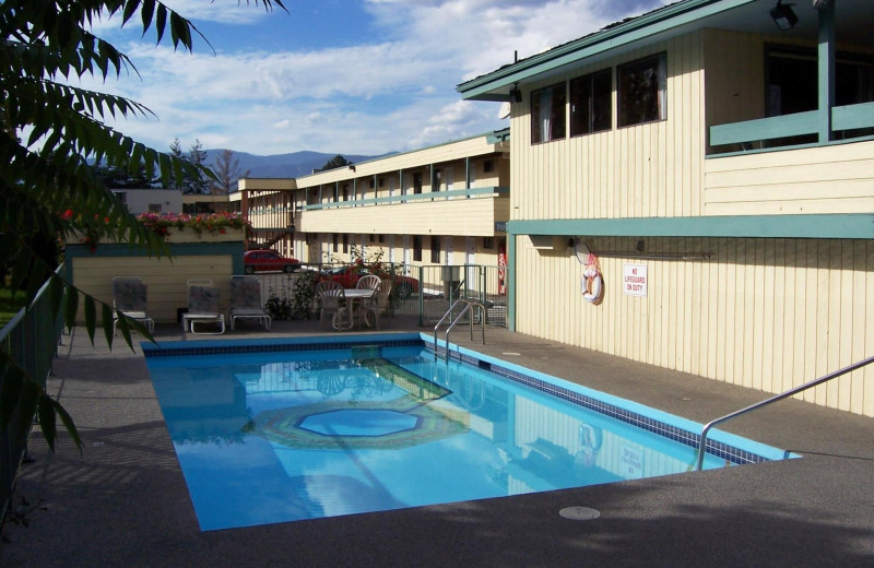 Outdoor pool at Recreation Inn & Suites.