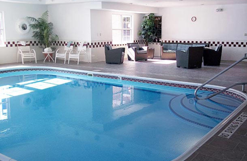 Indoor pool at Residence Inn Kansas City Independence.