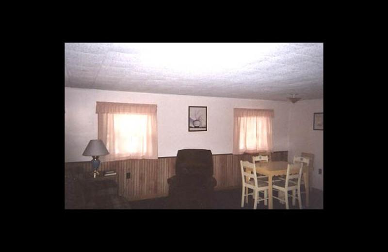 Guest room at Wintergreen Lake Resort.