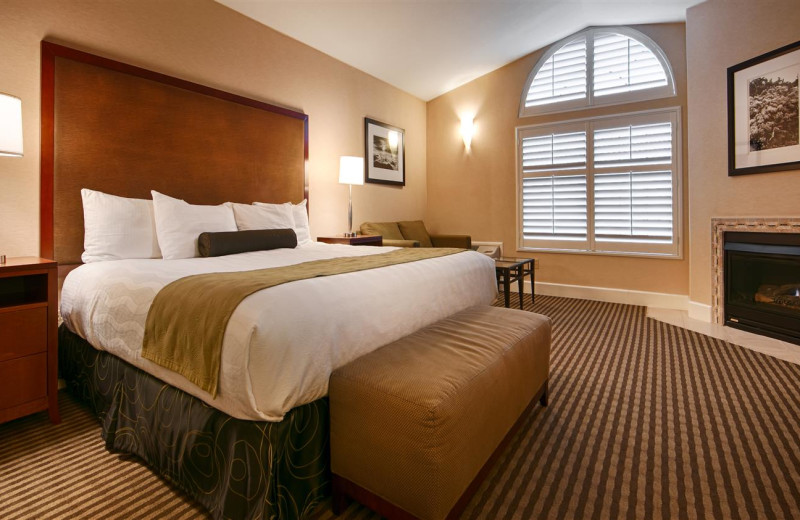 Guest room at Best Western Plus Stevenson Manor.