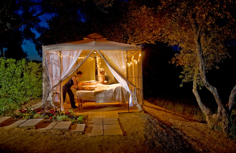 Couple's massage at Wine Country Inn.