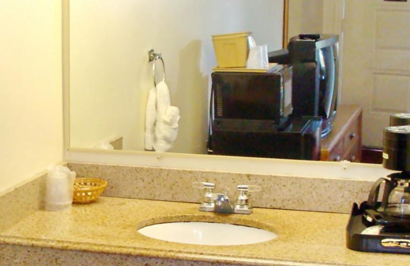 Guest bathroom at Flagship Inn & Suites.